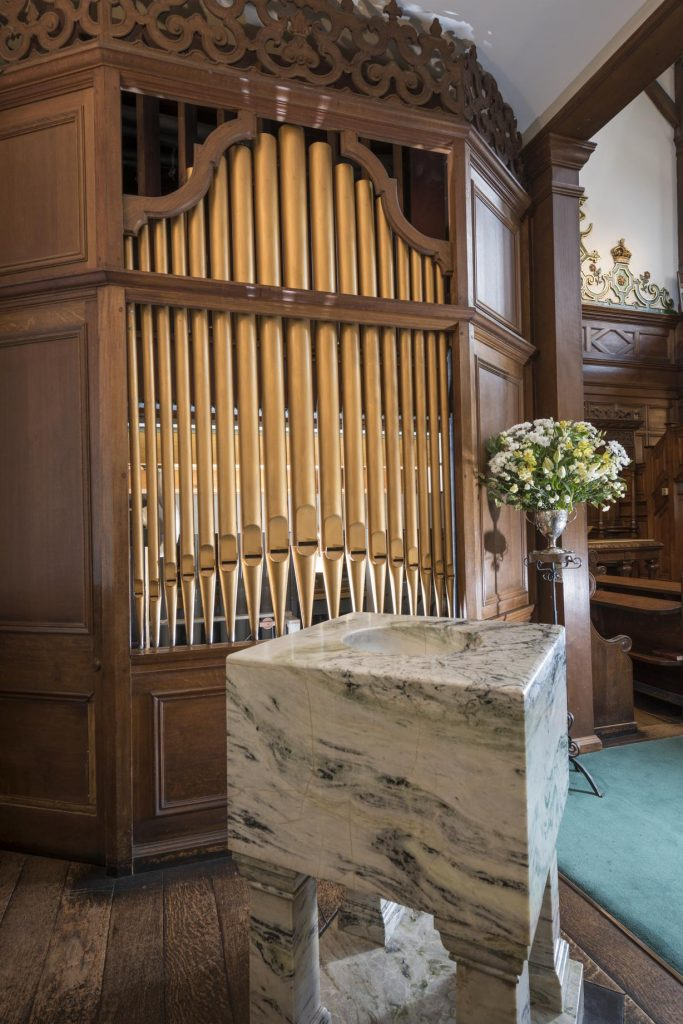 Crown Court Church organ
