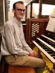 photo of organist Sean Heath